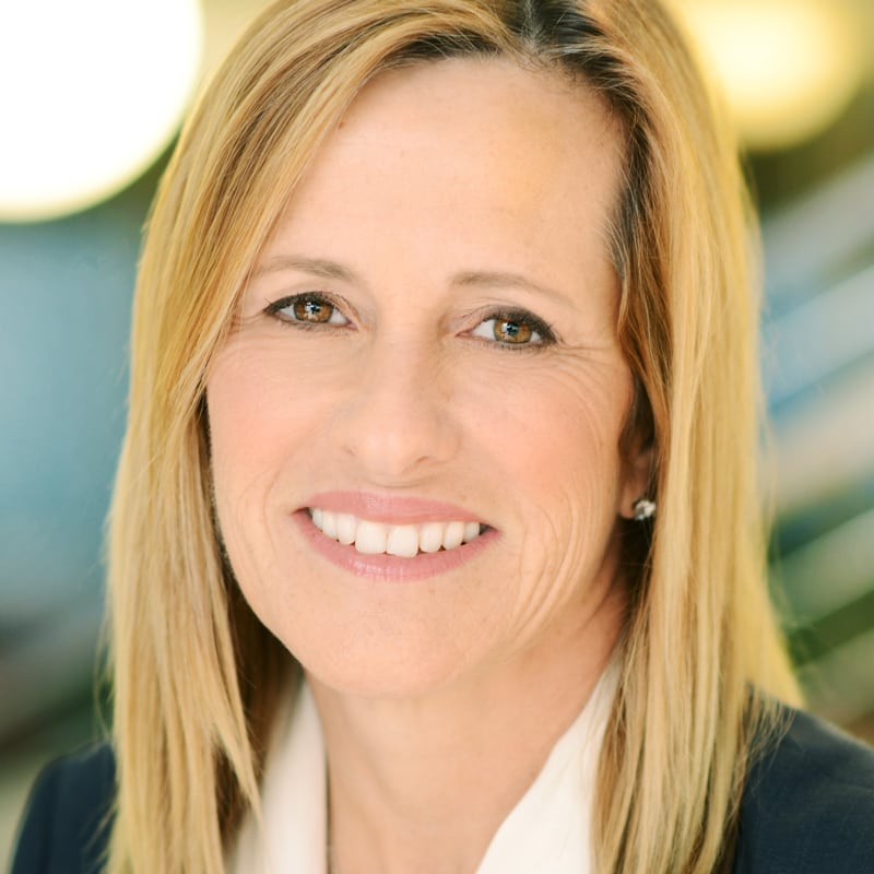Elaine Paul